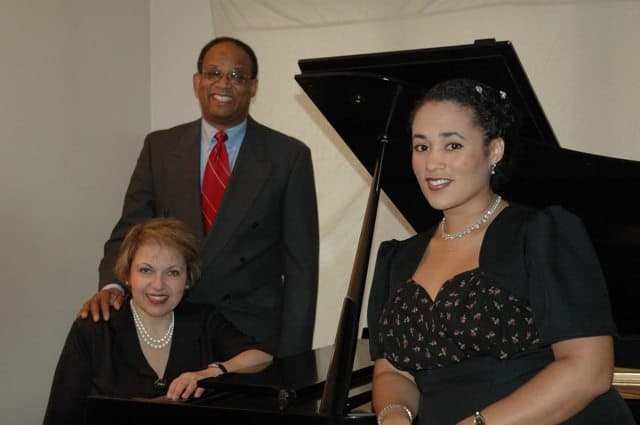 Diane Goldsmith at the piano with Ivan Wood and Shannon Hunt.